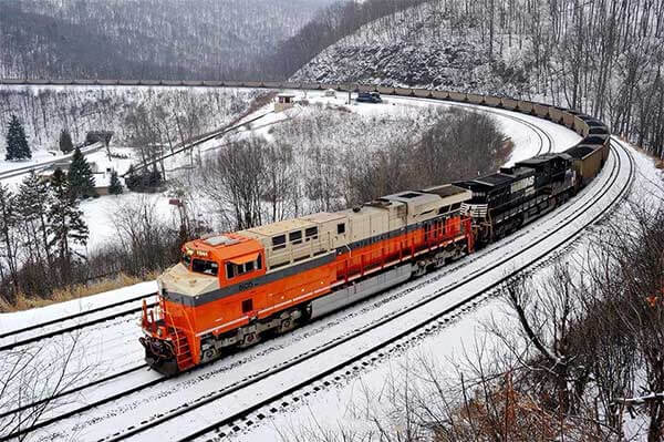 horseshoe curve railroad line