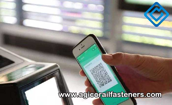 Using QR codes and smartphones to make railway travel smarter and more convenient