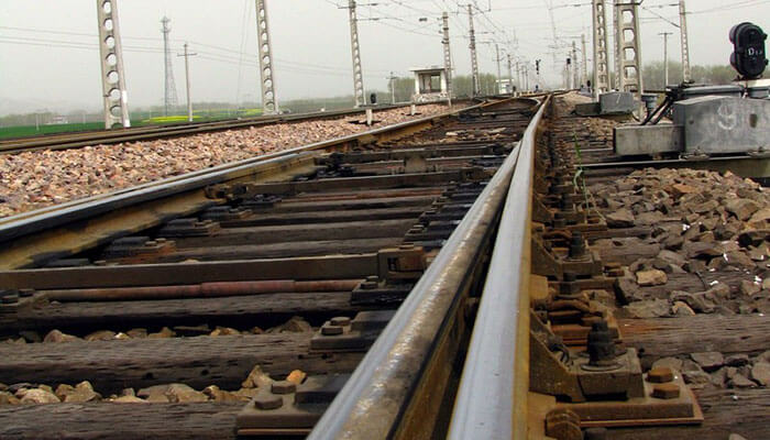 why we need railway fasteners fastening track